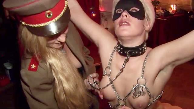 Karin Wild, Mistress Cruella
