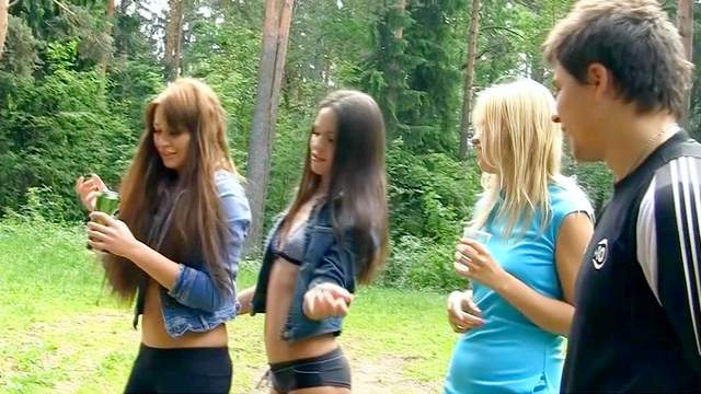 Albina loves to have standing anal in the forest