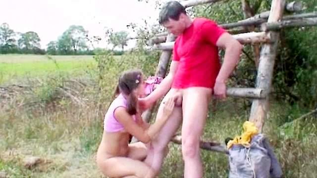 Jirina is sucking her boyfriend's dick outdoors