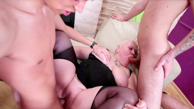 Hardcore fat mom is fucking in this gangbang