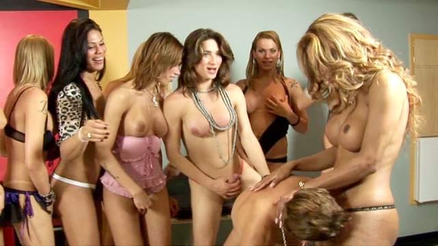 Cassandra Calogera, Cassia Carvalho, Shakira Voguel, Adriana Rodrigues, Paola Lima, Mariana Molina, Nicolly, Renata Davilla, Saory Villela