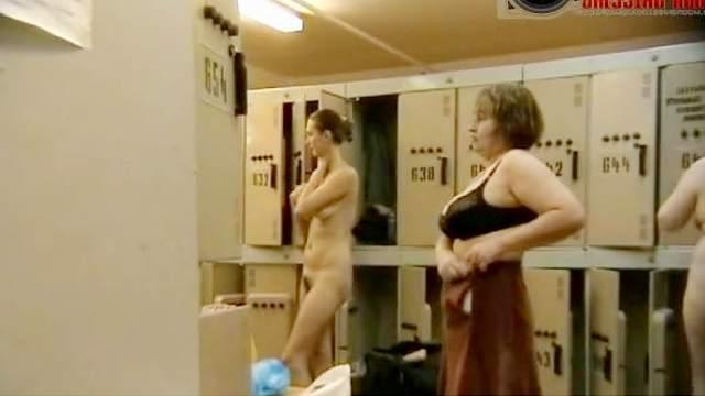 Hidden cam, Locker room, Natural tits, Standing, Trimmed pussy, Voyeur