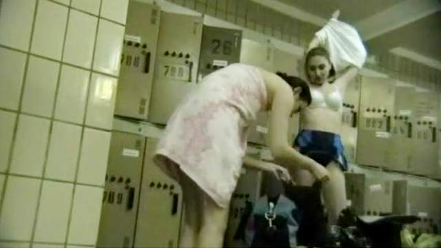 Hidden cam, Locker room, Undressing, Voyeur