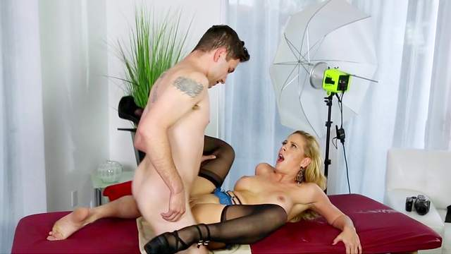 Extreme mommy porn with hot Cherie DeVille