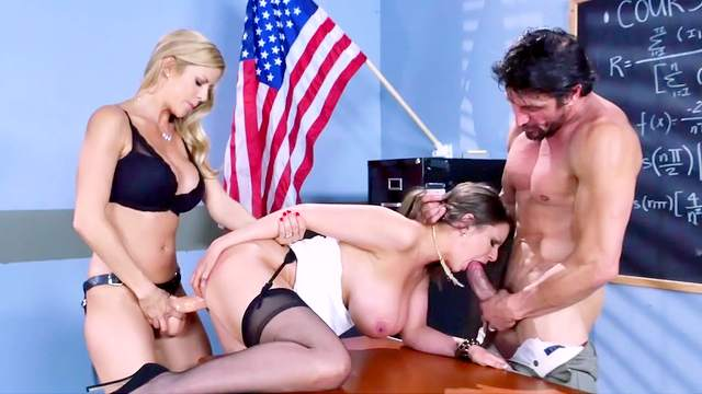 Mind blowing bi sexual threesome in class with Alexis Fawx and Brooklyn Chase