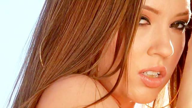 Lily Love, Maddy OReilly