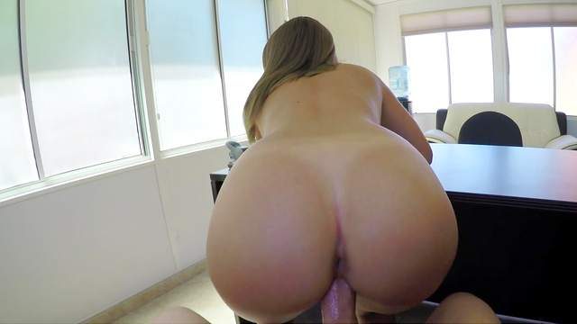 Premium amateur fucked POV style when trying to get a loan