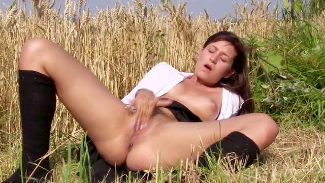 Amateur, Fingering, HD, Masturbation, Nature, Orgasm, Outdoor, Small tits, Solo girl, Young girl, 1080p
