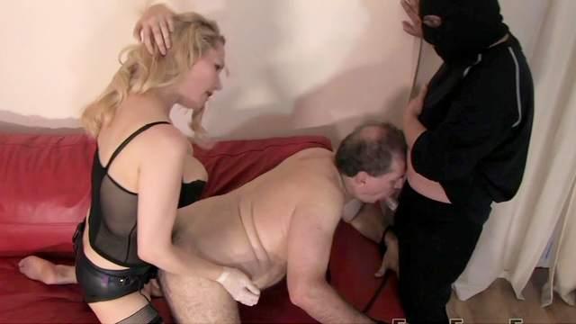 Slave, Mistress Eleise de Lacy