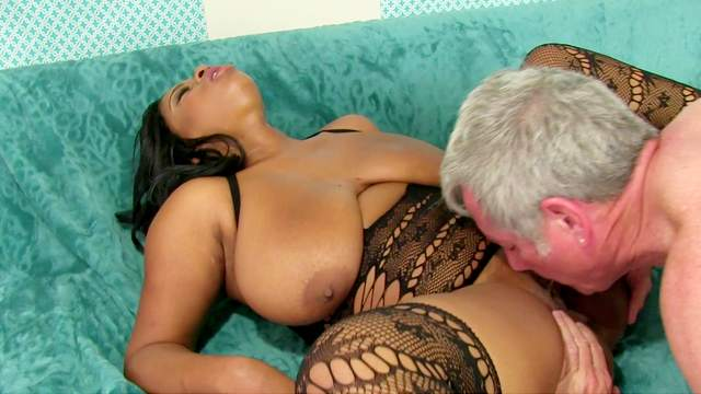 Ebony with huge tits, insane sex on the couch during casting