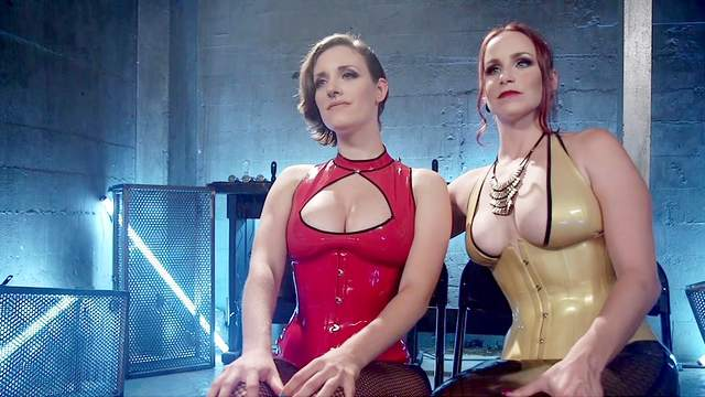 Outstanding electro play with foxy fetishists Bella Rossi and Iona Grace