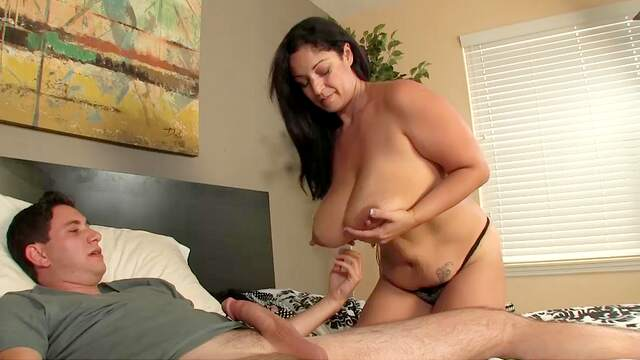 Mommy chooses to fuck and soak her tits sperm