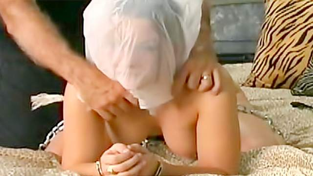 BDSM, Bedroom, Chinese, Pussy, Shaved pussy, Smothering, Spanking