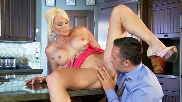 Keiran Lee is fucking sexy blonde Rhylee Richards