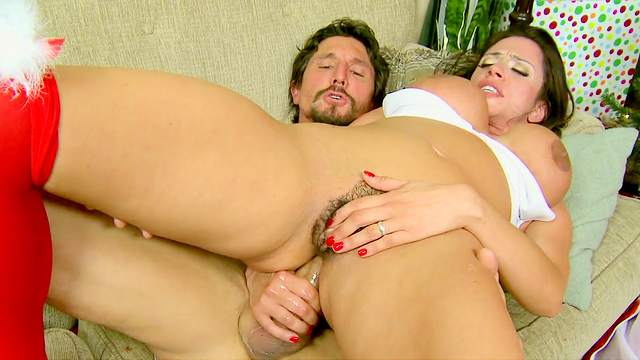 Ariella Ferrera is fucking with James Deen and Tommy Gunn